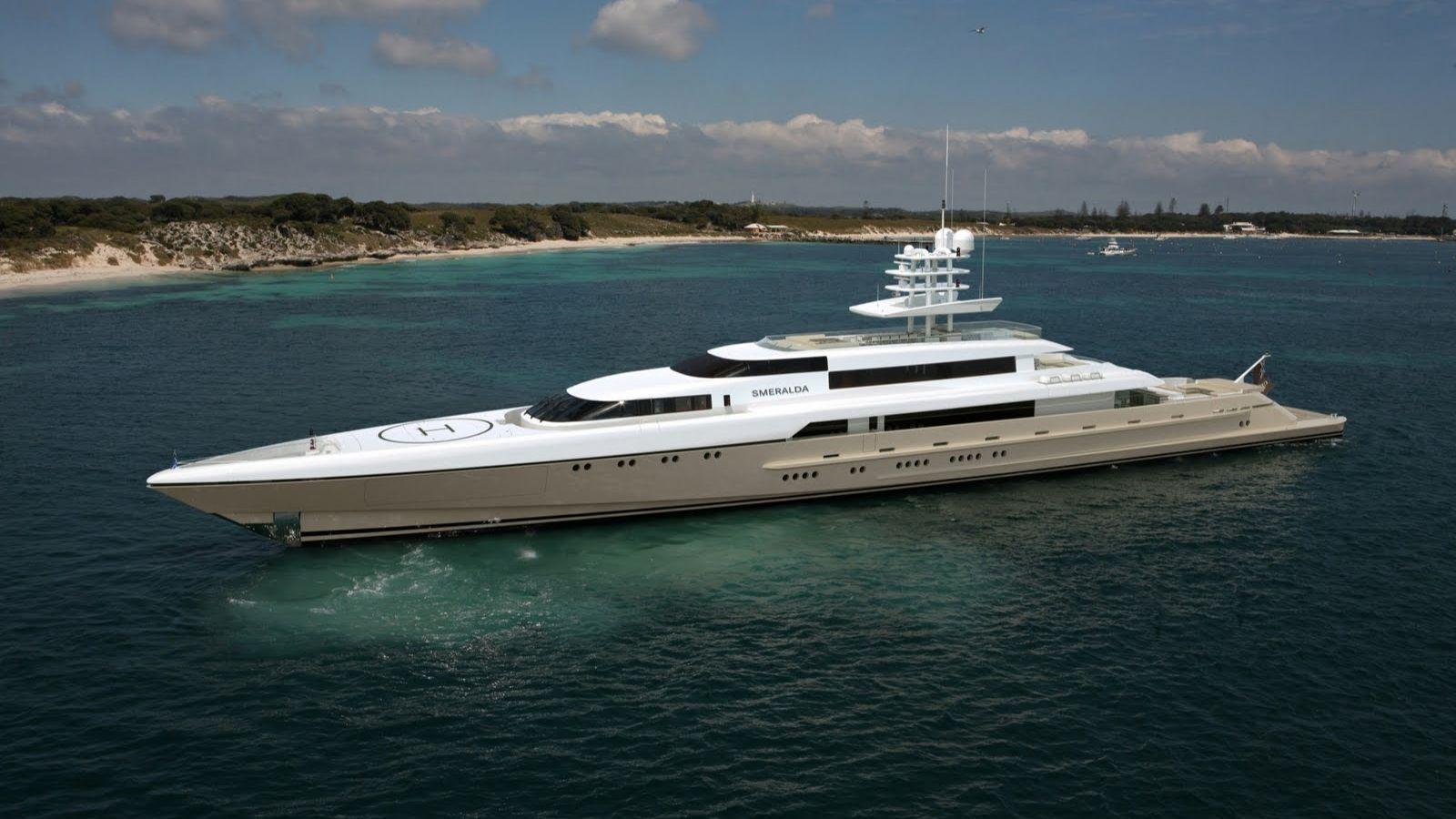 77m Superyacht Smeralda