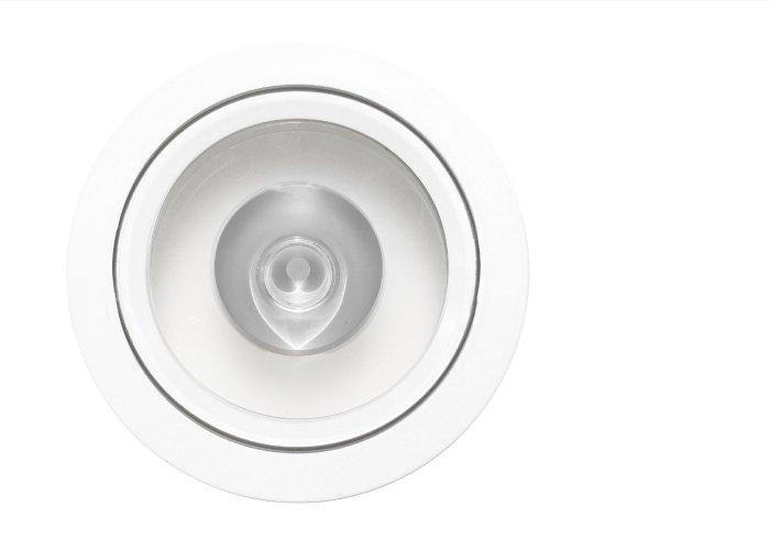 D900 Classic Lens White Fascia